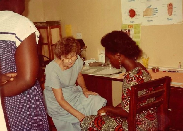 Mama with a patient and interpreter